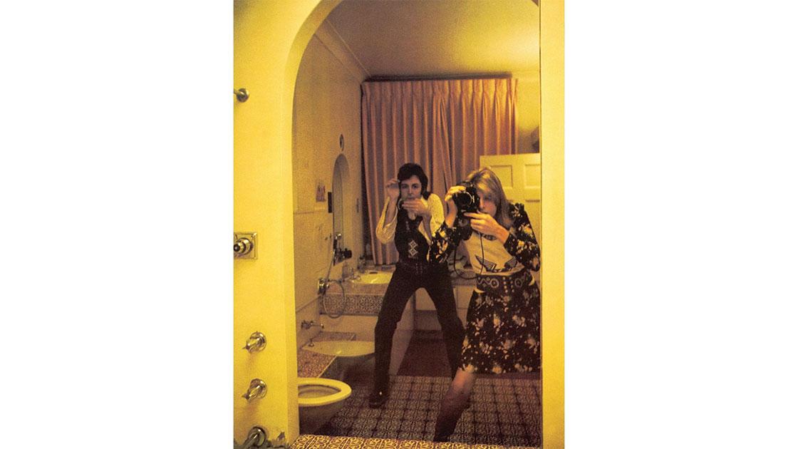 Linda McCartney, Self Portrait with Paul, London, 1970. courtesy Ballarat International Fotoniennale