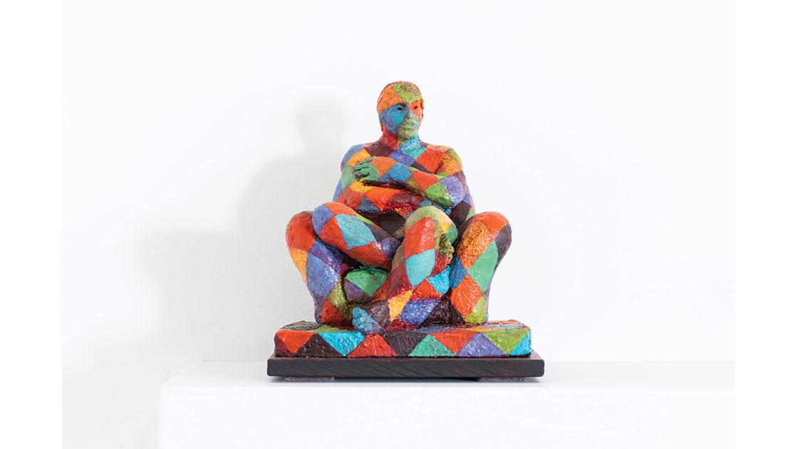 "Derry Messum, ""Camouflage,"" 2021, ceramic, acrylic, 16 x 15 x 15 cm, courtesy Defiance Gallery"