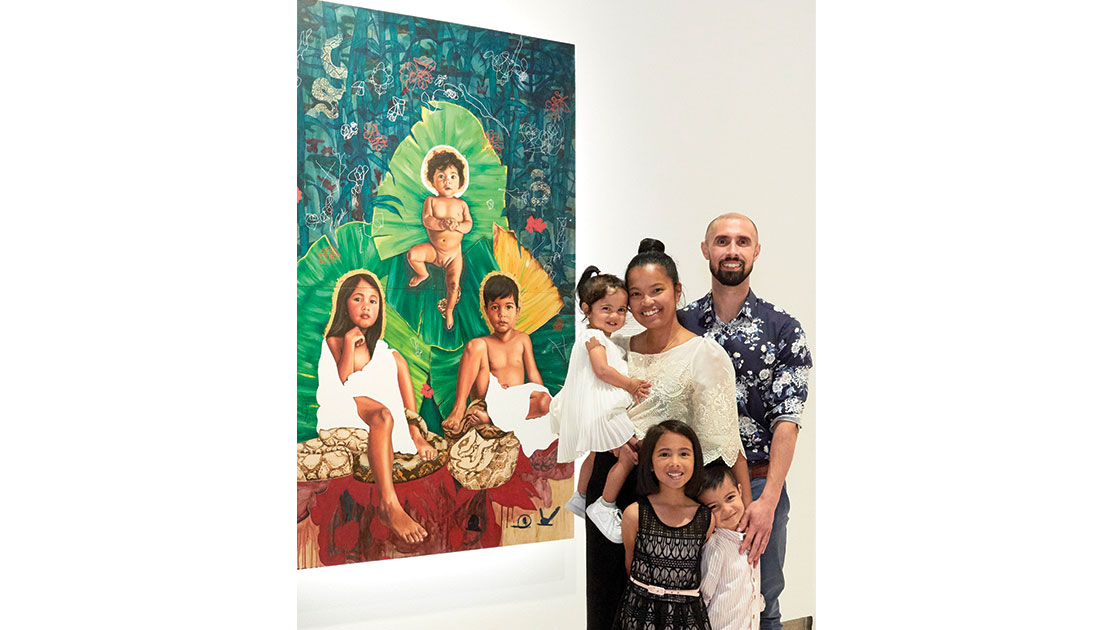 Santiago and family at the Sulman Prize announcement, Art Gallery of New South Wales 2020, photographed by Jenni Carter