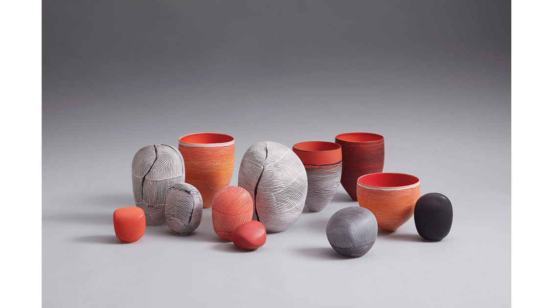 Breakaway Series II – Crimson Finch Installation, 2021, porcelain marbles and vessels, 22.5h –7h cm, photographed by Rob Frith of Acorn Photography, courtesy Linton & Kay Galleries
